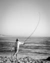 Pescador na Praia da Polvoeira